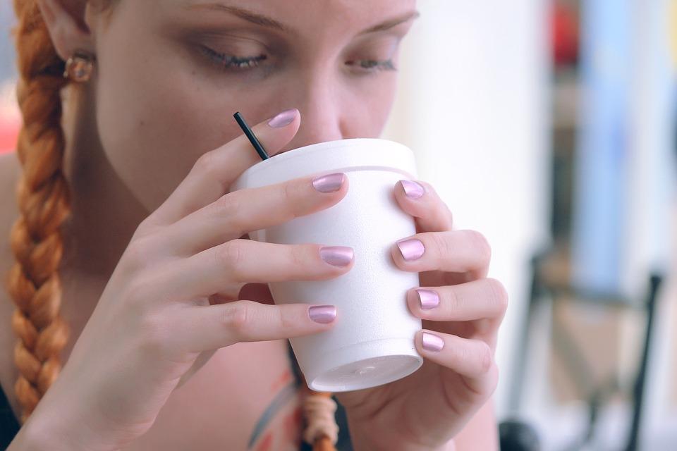 一日コップ一杯ですっぴん美肌♪飲む美容液・甘酒は女性の強い味方!