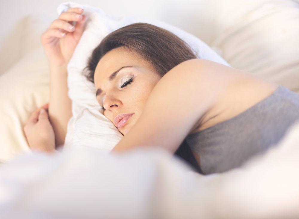 意外と知らない睡眠不足解消方法!原因と対処法とは・・?