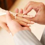大切な結婚指輪♪女性に人気のブランドの相場と価格は?