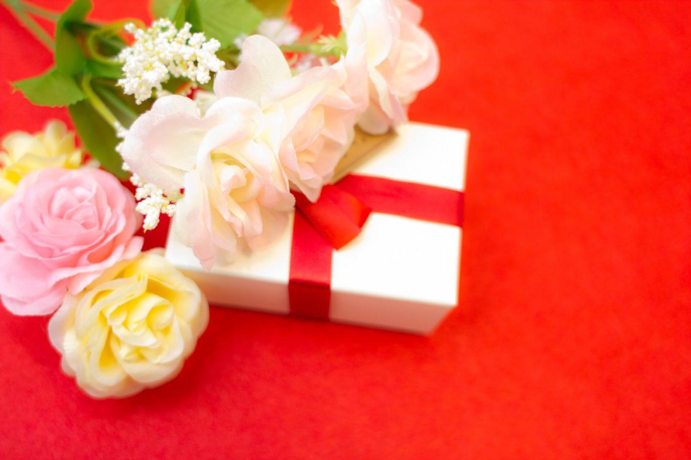大切な人へのプレゼントにあげたい♪今人気の結婚祝いは