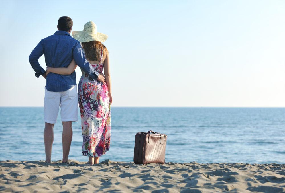 ビーチのカップル