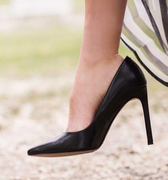 働き女子のお悩み解消!オフィス向け歩きやすいパンプスブランド8選