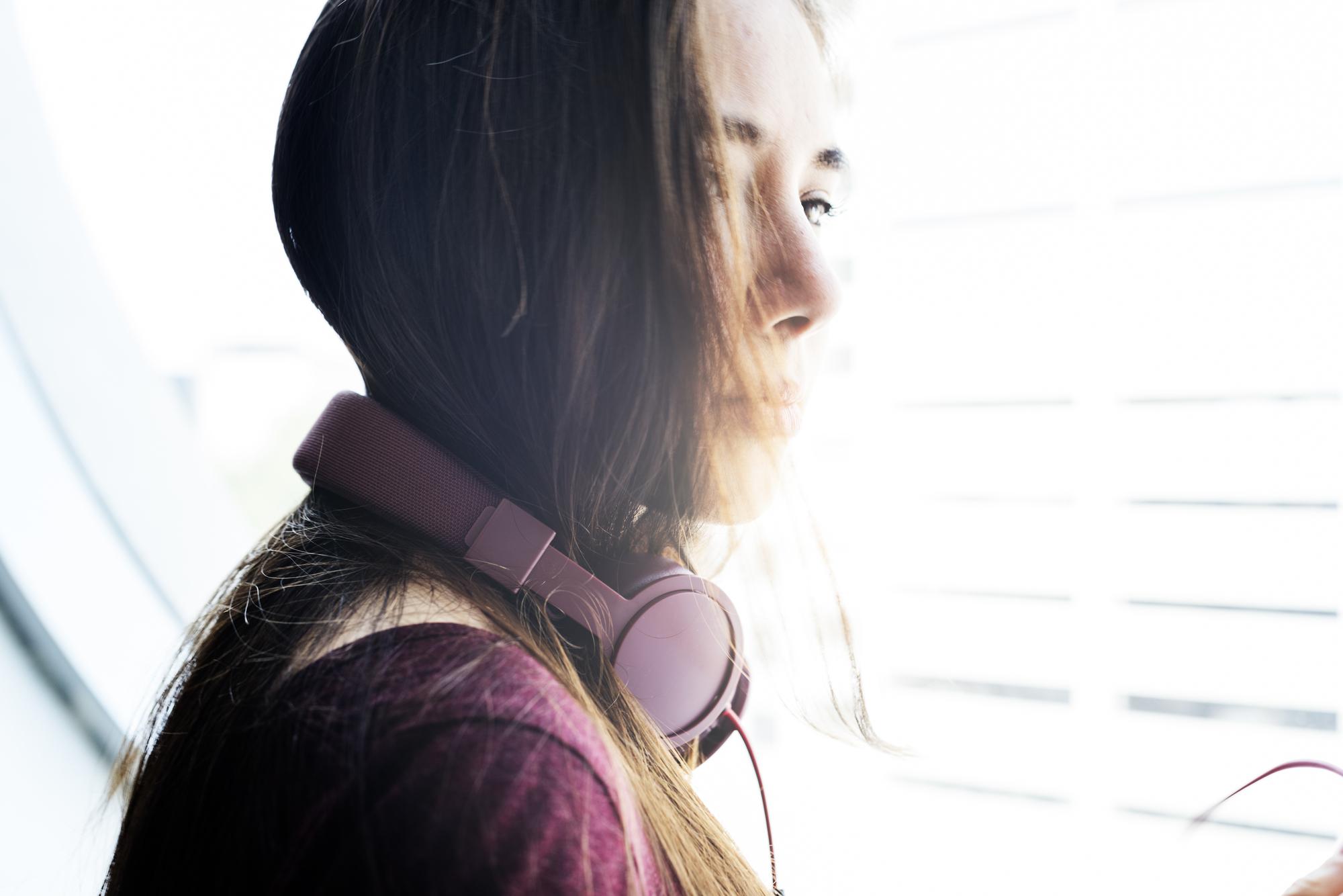 皆が好きな恋愛ソングは?片思い・失恋時に聴くおすすめ曲10選
