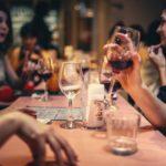 《東京》人気は継続中?女性無料の相席居酒屋の実態と口コミ人気は