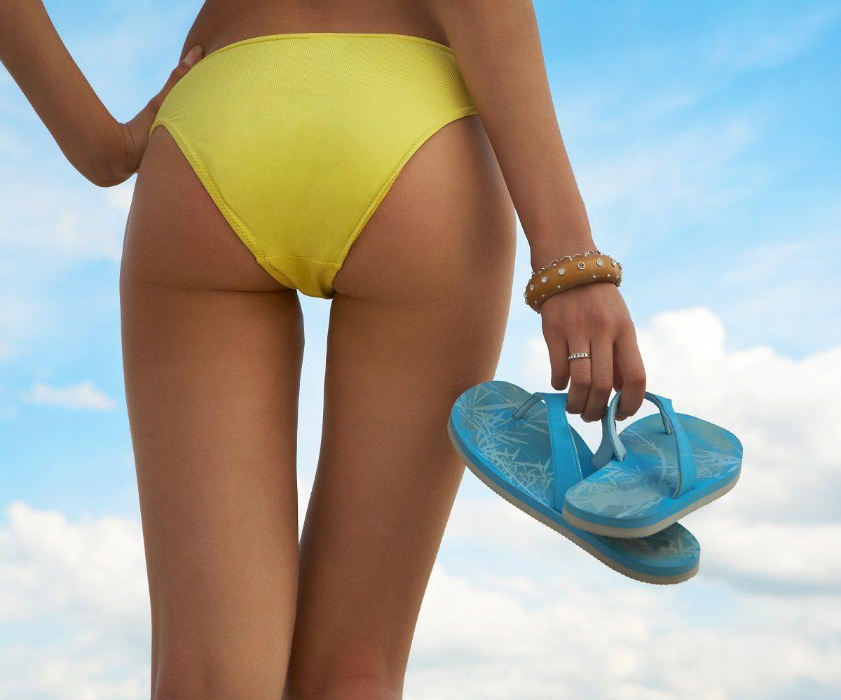 脚やせ効果のある水着20選!!体型カバーで美ボディ魅せ
