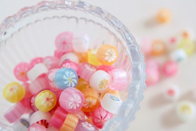 懐かし過ぎる!!人気の駄菓子バーで昭和にタイムスリップ!