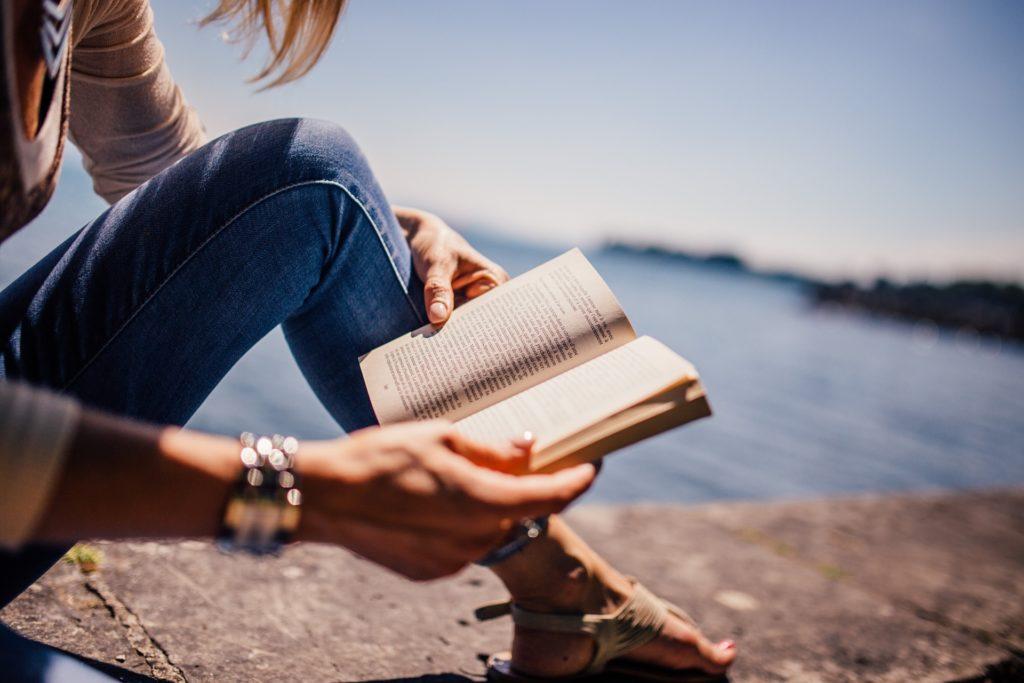 海辺の読書