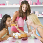 お泊り女子会で喜ばれるおもてなし料理10選♪メイン料理・デザートなど